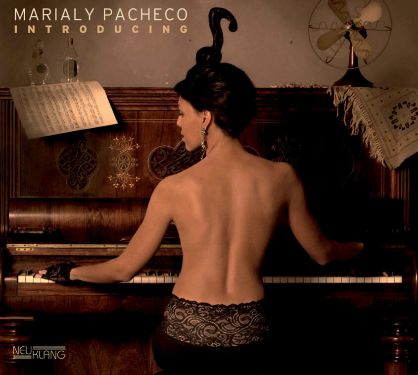 Marialy Pacheco 7.jpg