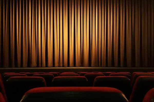 Cinema Curtain Theater Film  - onkelglocke / Pixabay
