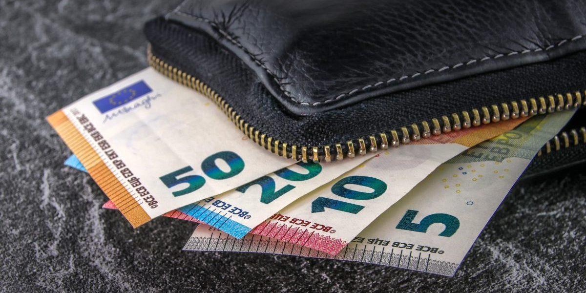 money-3918183_1920-e1548659954587