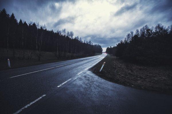 road-4800095_1920